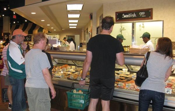 Fresh market finally opens in south beach miami beach 411 for Fresh fish market miami