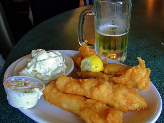 fish fry at capt'n con's bokeelia