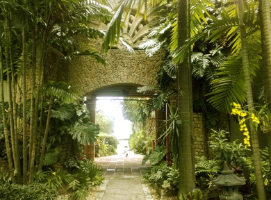 Touring The Kampong Gardens Pictures Miami Beach 411