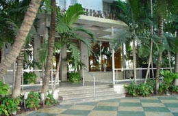 Richmond Hotel on Collins Avenue